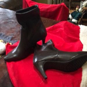 Aero soles brown ankle boots